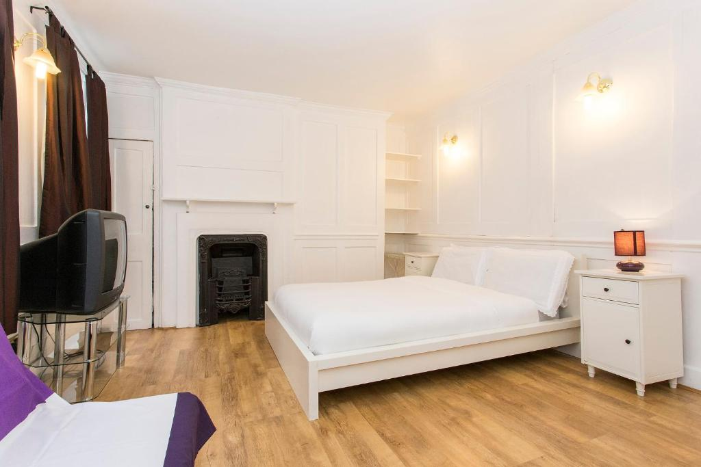 Gallery image of this property. Holiday home London Dream House Historic Soho  UK   Booking com