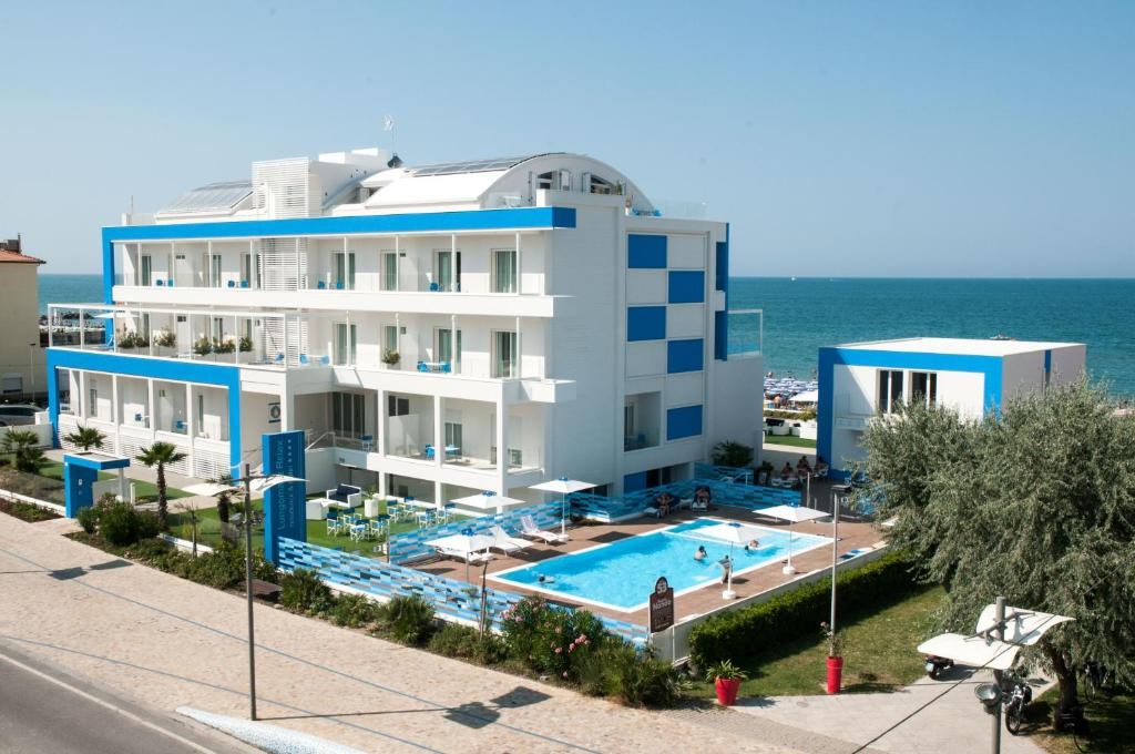 Lungomare relax residence hotel misano adriatico - Hotel misano adriatico con piscina ...