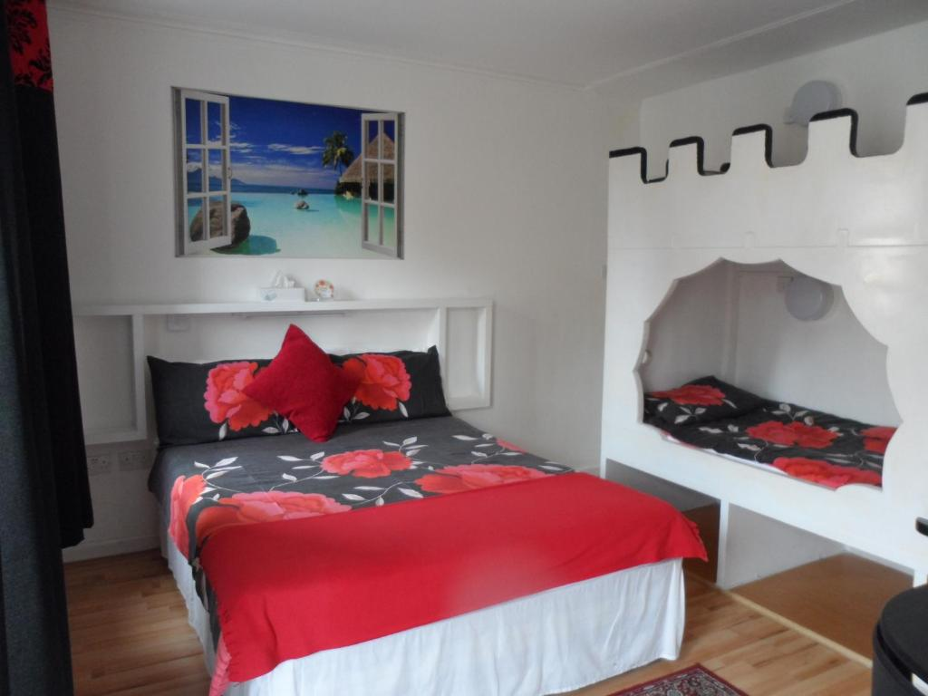 A bed or beds in a room at Galway Guest House