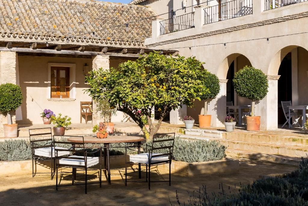boutique hotels in cádiz  216