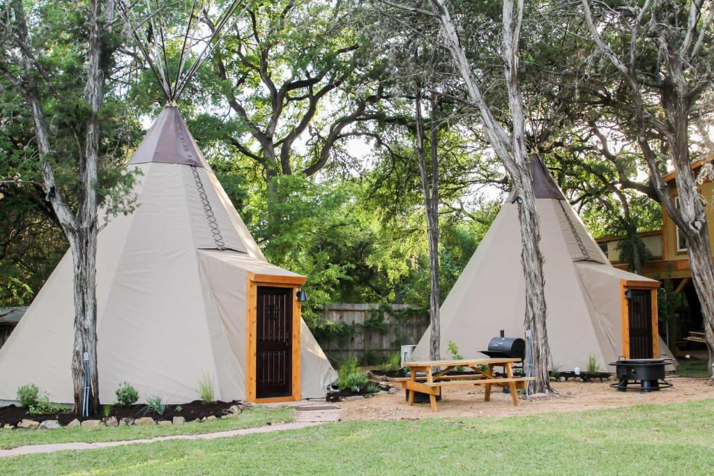 New Braunfels Camping >> Vacation Home Tipi 1 Sweet Grass Canyon Lake Tx Booking Com