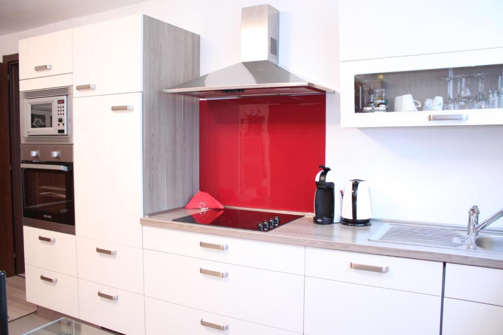 Aldi Suisse Kühlschrank : Ferienhaus stusio 1 1 2 schweiz contone booking.com