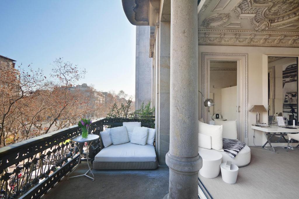 boutique hotels in barcelona  100