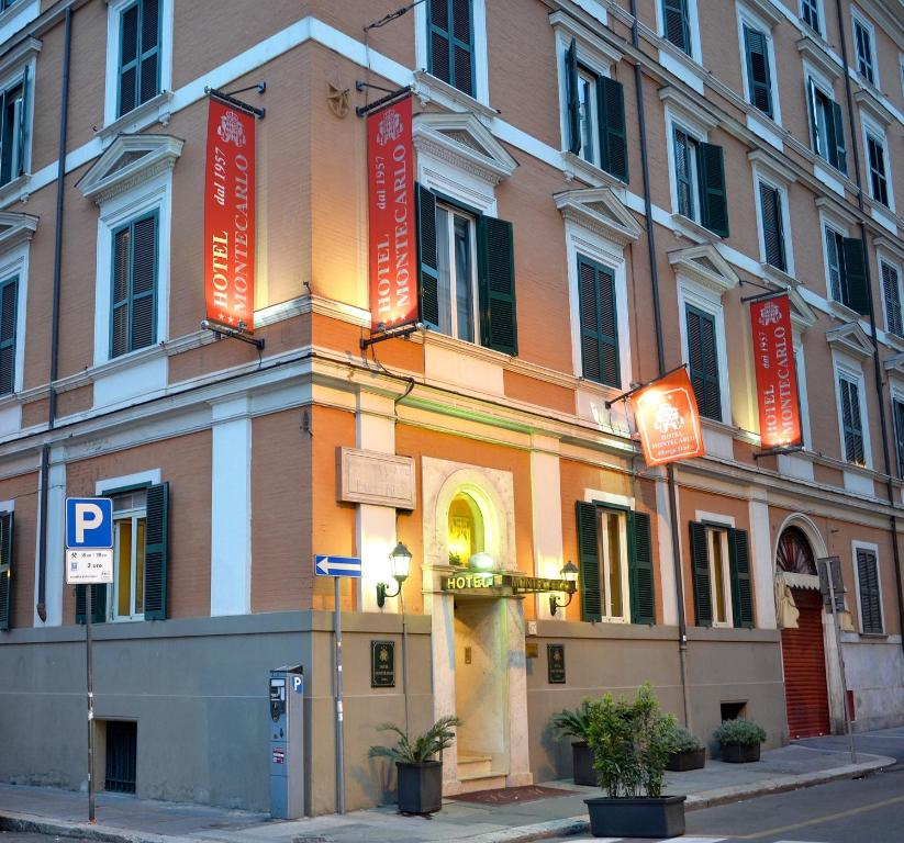 Hotel montecarlo rome italy for Hotel roma booking