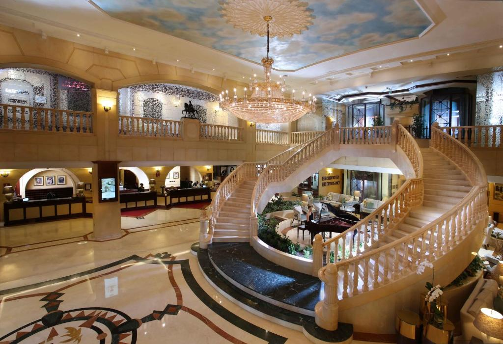 Carlton palace hotel dubai uae for Emirates hotel dubai