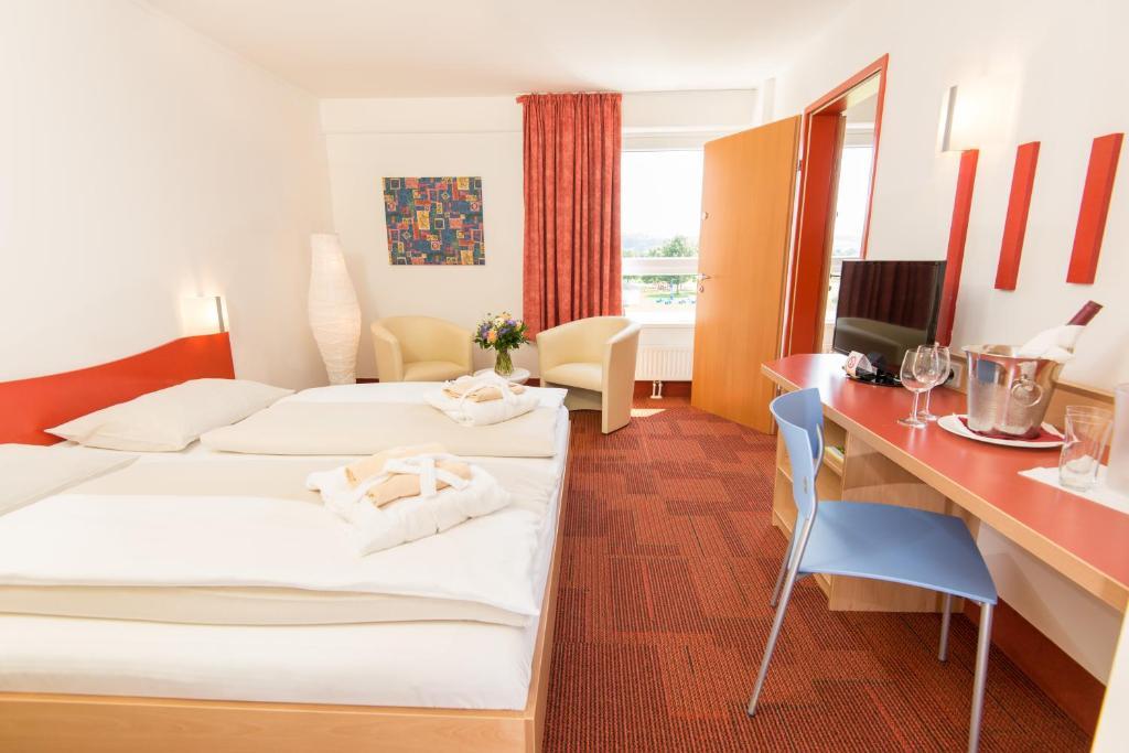 H o hoteltherme bad waltersdorf u prezzi aggiornati per il