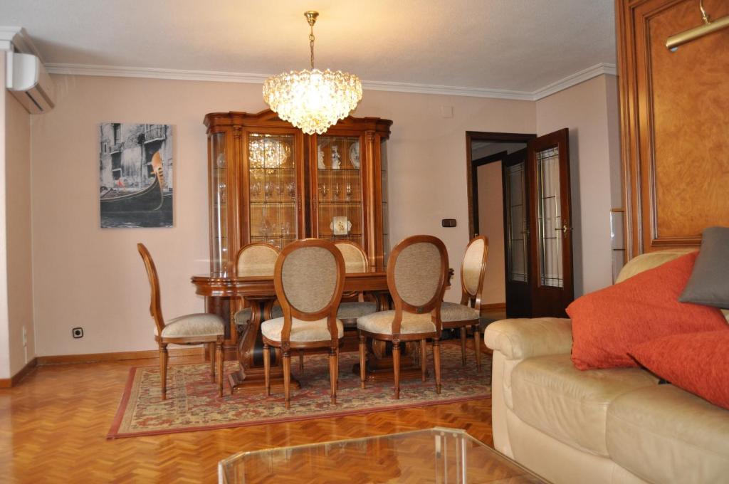 gran imagen de Apartamentos Kasa25 Diputación