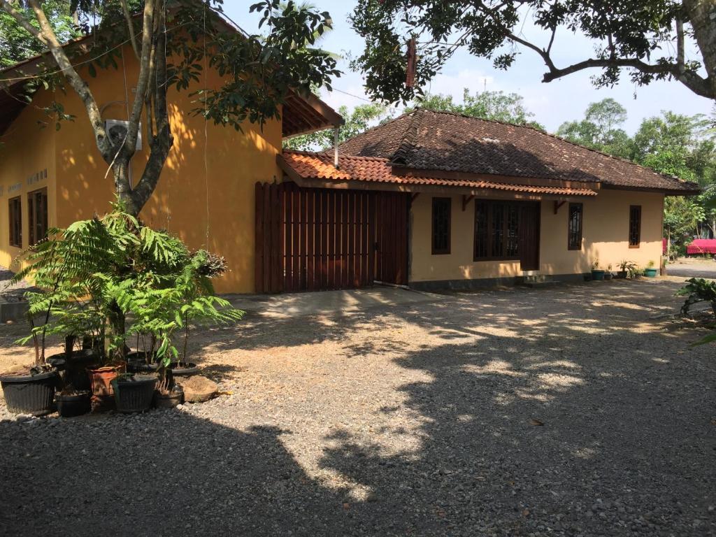 Anugrah Hotel Homestay Anugrah Borobudur 1 2 Borobudur Bookingcom