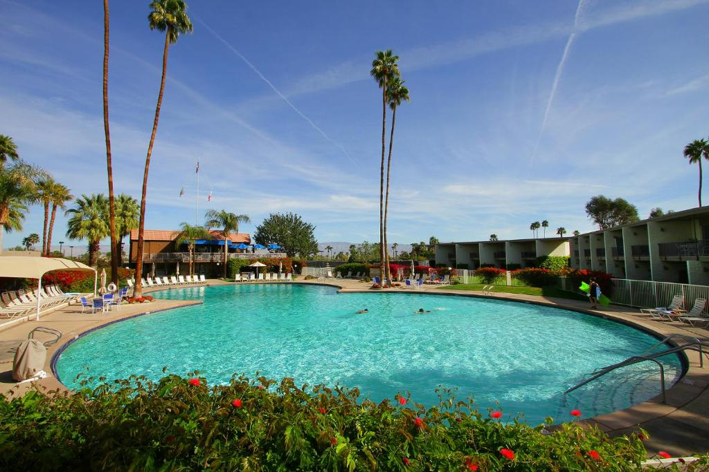 Apartment shadow mountain private retreat palm desert ca booking gallery image of this property mightylinksfo