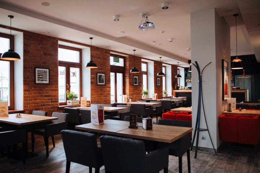 Restauracja lub miejsce do jedzenia w obiekcie Fresco Hostel