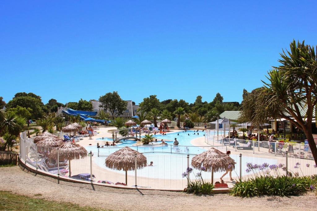 Camping le cabellou plage concarneau france for Reservation hotel gratuit france