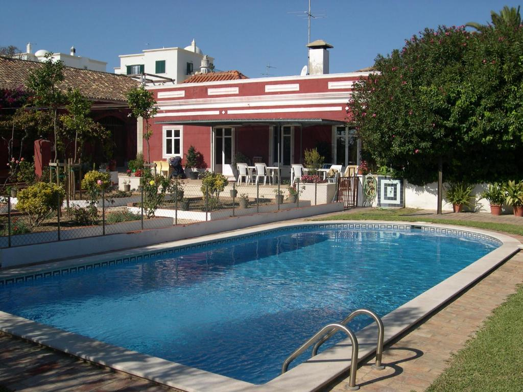 The swimming pool at or near Quinta dos Reis