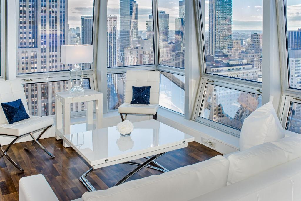 apartment with stunning views near 5th ave new york city ny