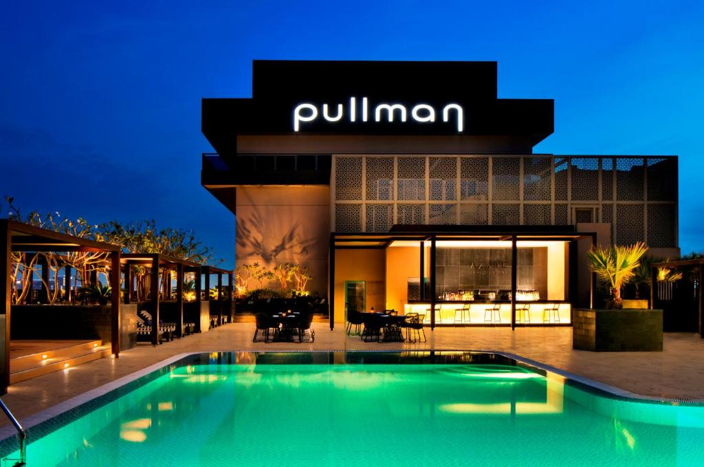 Pullman Dubai Creek City Centre