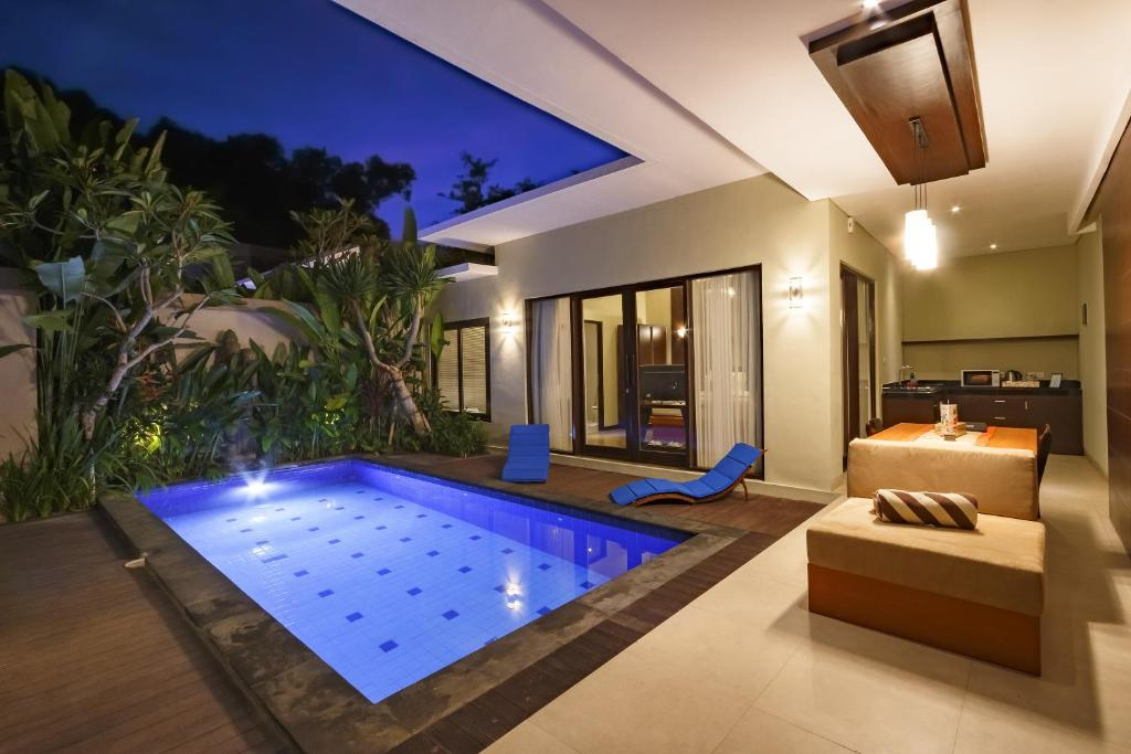 Buana bali luxury villas jimbaran indonesia for Design interior villa di bali