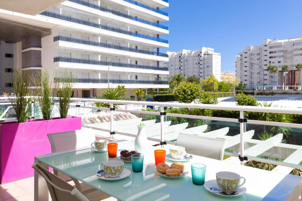 Apartamento palmeras de playa de gandia gand a precios actualizados 2018 - Apartamentos baratos playa vacaciones ...
