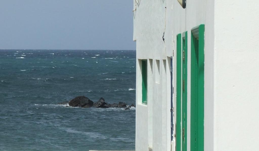 Absolute Beachfront Apartment foto
