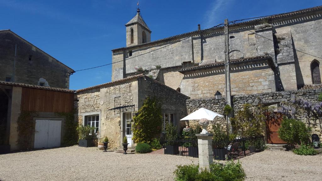 Apartments In Puisseguin Aquitaine