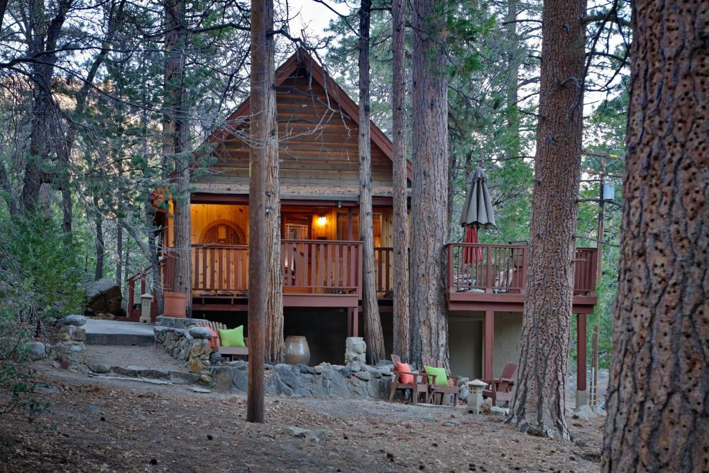 idyllwild cabin cabins resort camping of hotel ca com gallery booking image property this us vacation