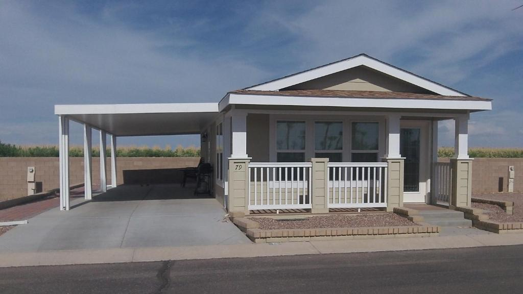 Palm creek golf rv resort casa grande az booking gallery image of this property solutioingenieria Gallery