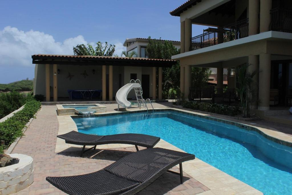 Luxury Ocean View Villa Eagle Beach Aruba Booking Com