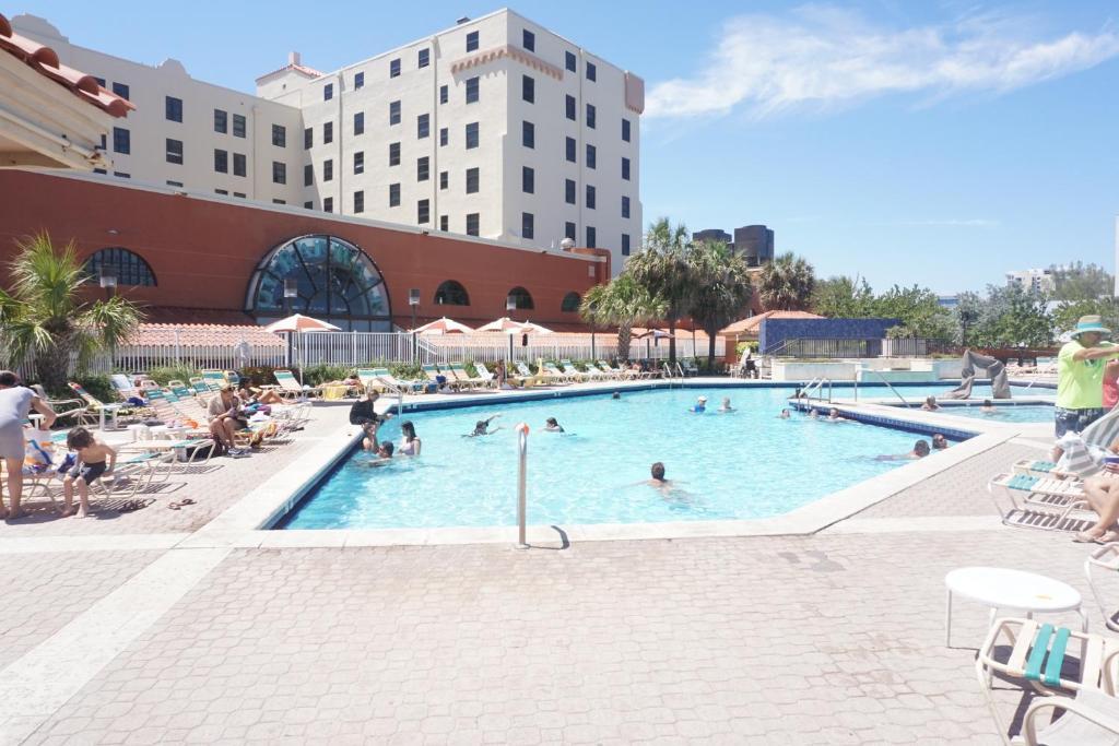 Ocean Drive Beach Resort Reviews