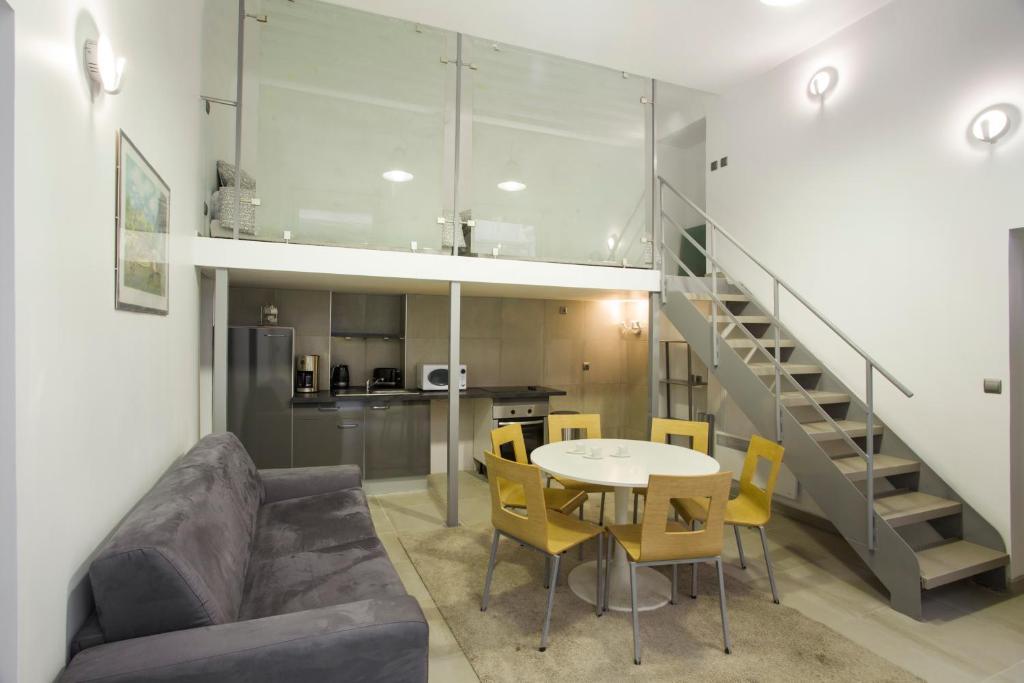 Appartement paris montorgueil duplex france paris for Duplex appartement paris
