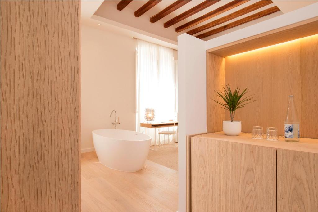 boutique hotels in palma de mallorca  41