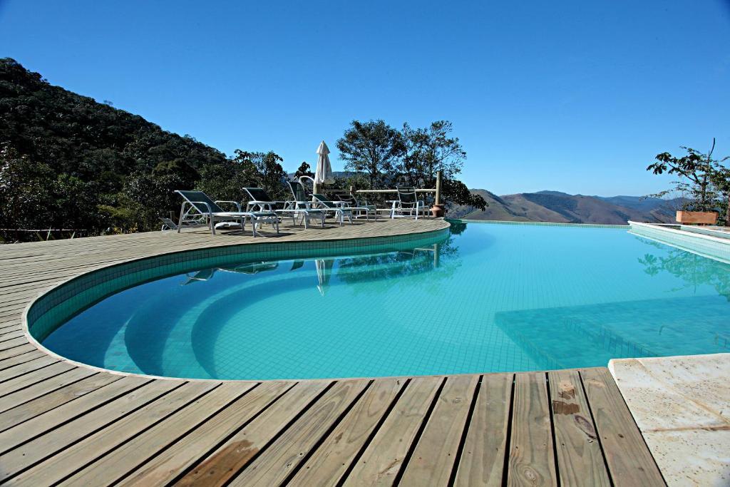 Portal do Equilibrium游泳池或附近泳池