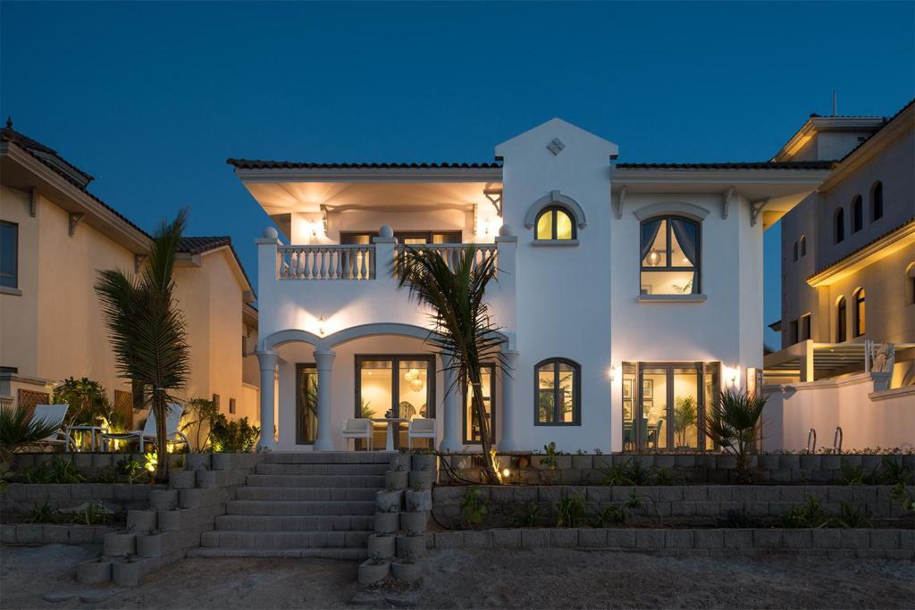 Nasma Luxury Stays Frond L Palm Jumeirah Dubai