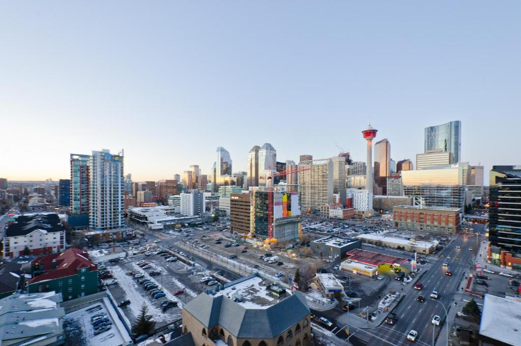 Apartment Ostays Sasso Calgary Canada Booking Com