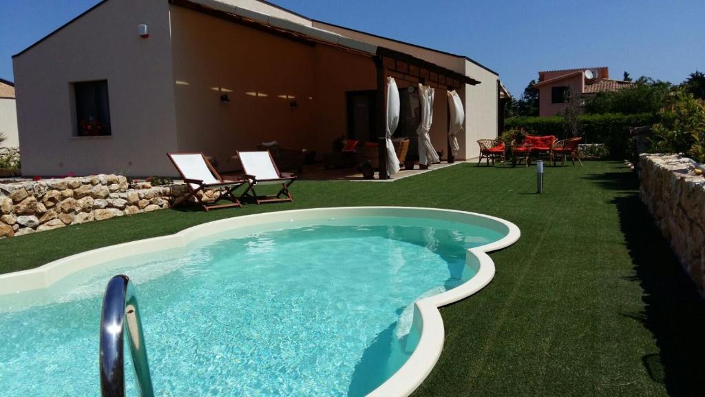 Villetta del mandorlo con piscina scopello prezzi - Del taglia piscine prezzi ...