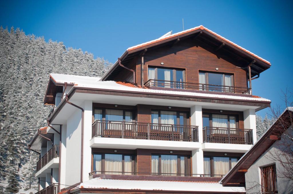 Family hotel Iskar in de winter