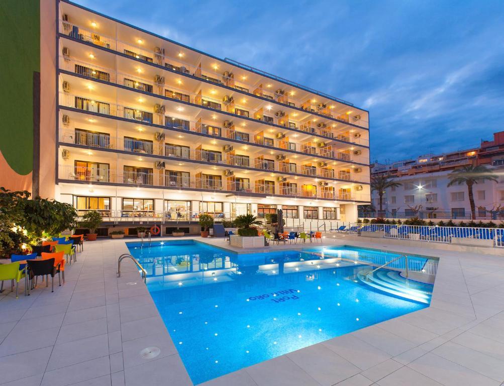 Port vista oro benidorm precios actualizados 2018 for Oferta hotel familiar benidorm