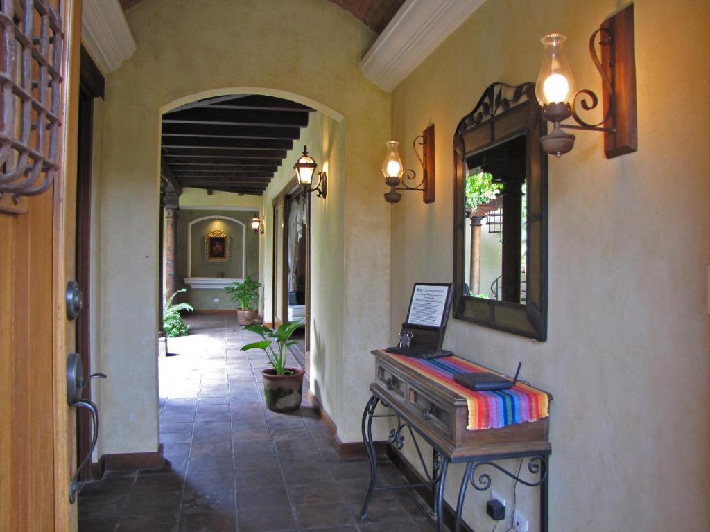 Casa colores antigua guatemala precios actualizados 2018 for La terraza de la casa barranquilla telefono