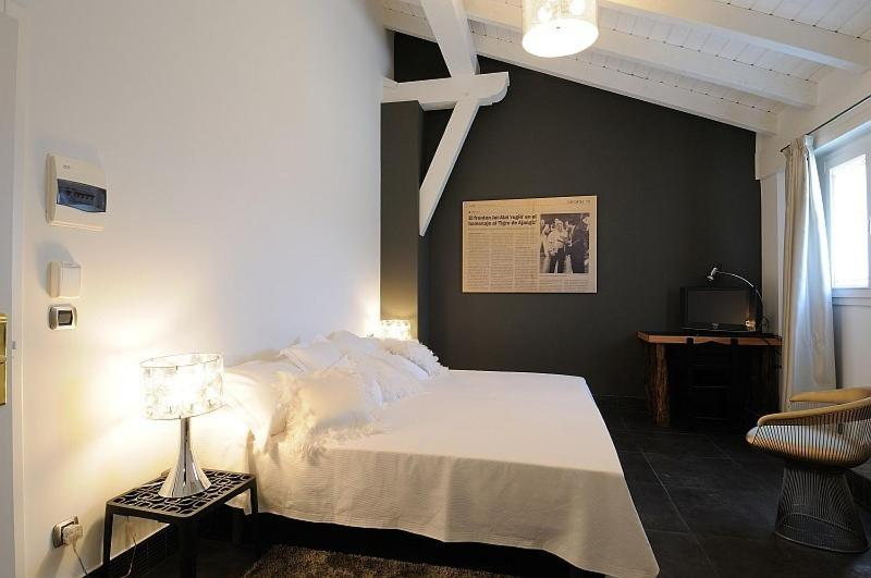 boutique hotels in muxika  46