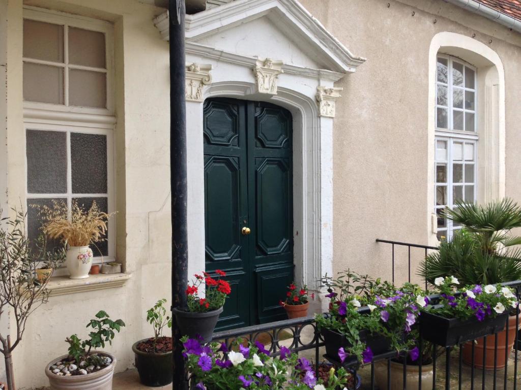 b&b / chambres d'hôtes maison colladon (france bourges) - booking