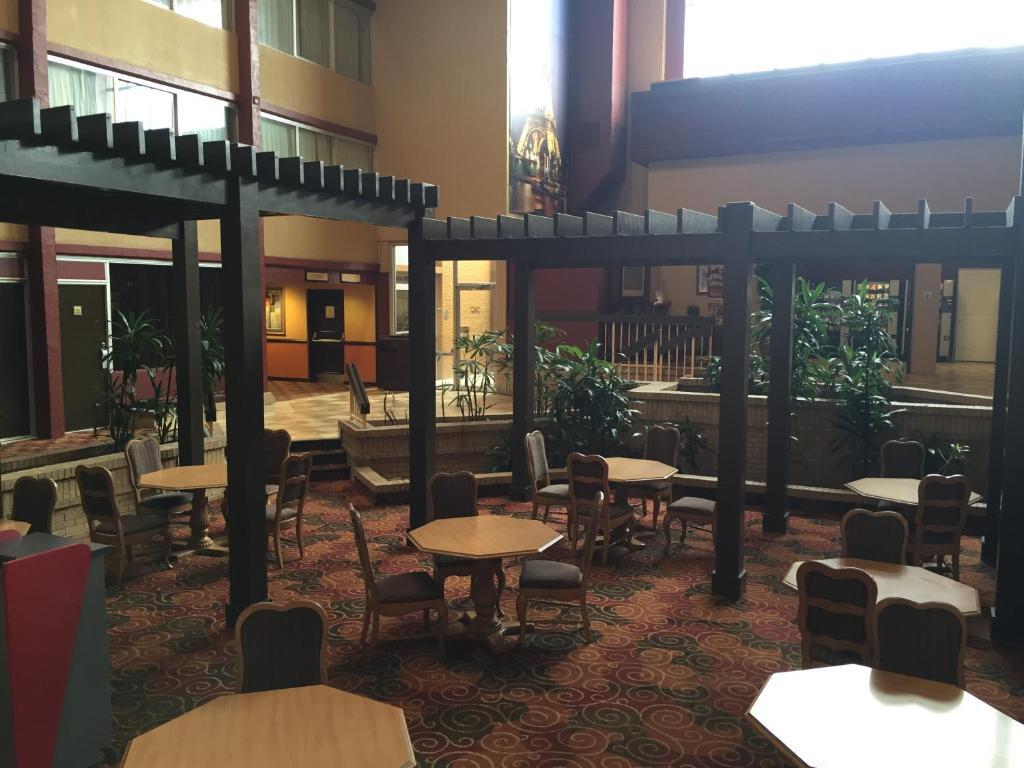 Dfw Airport Hotel Irving Tx Booking Com