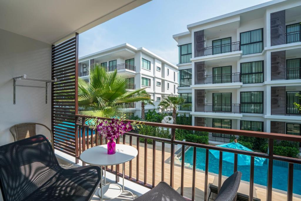 Apartments In Ko Hae Phuket Province