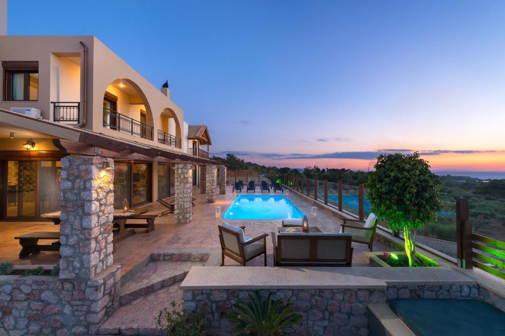 Дом в остров Теологос недорого цены