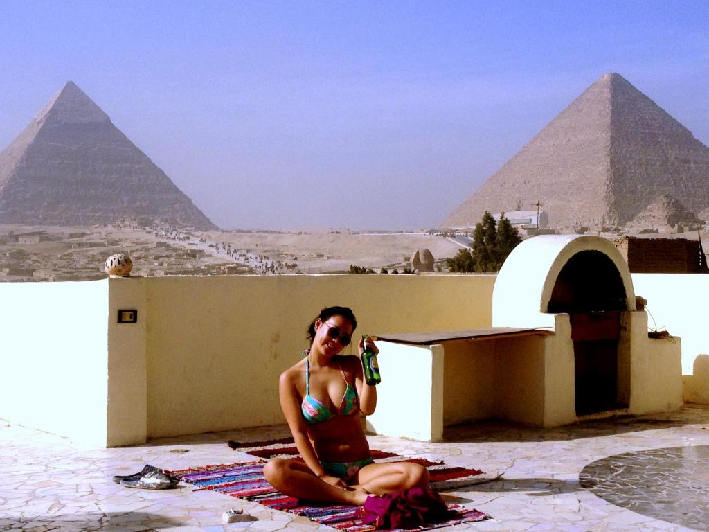 giza latino personals Mini clip of my time at the pyramids in lovely egypt with my baby girl this is a super short clip but thought i'd share what i wore for photos in egypt.