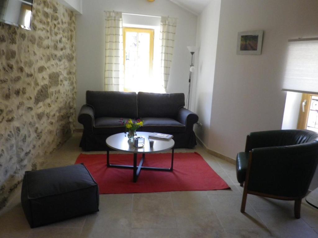Apartments In Rognes Provence-alpes-côte D