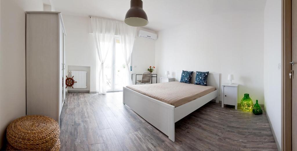 Bed and Breakfast Pietra di Mare, Bari, Italy - Booking.com