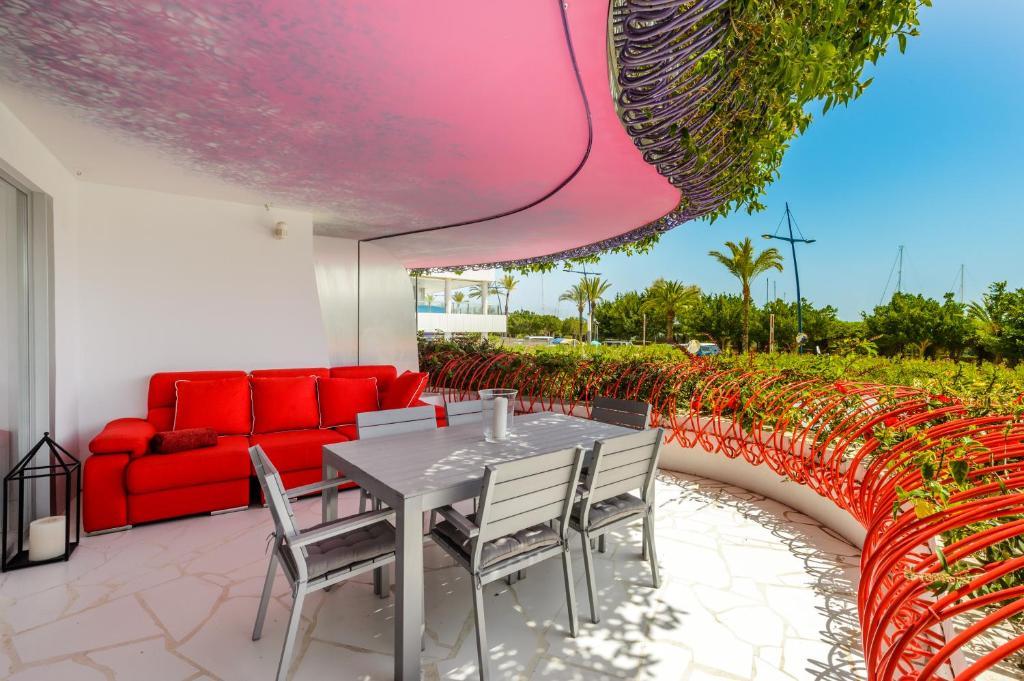 Thesuites Ibiza Las Boas Apartments Ibiza Town Spain Booking Com