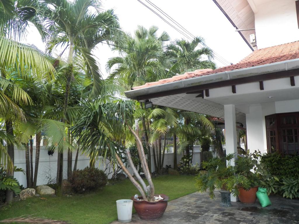 Villa sweethome johor bahru malaysia for Home wallpaper johor bahru