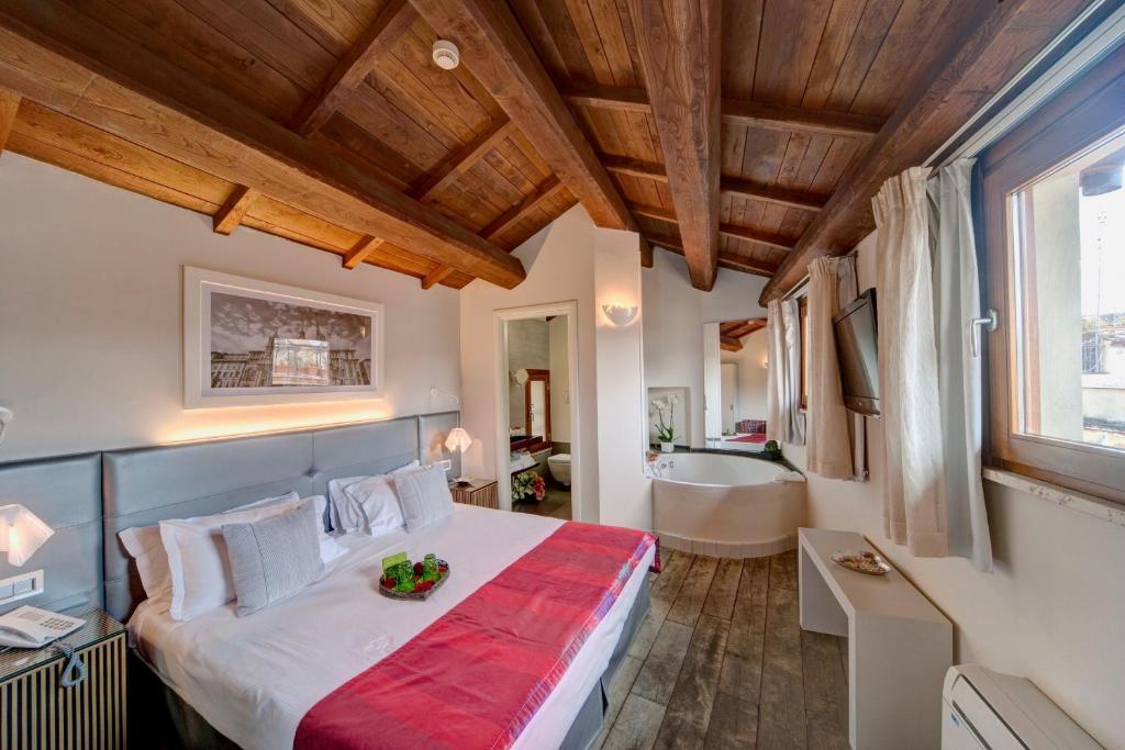 Hotel navona palace di charme rome italy - Hotel de charme rome ...