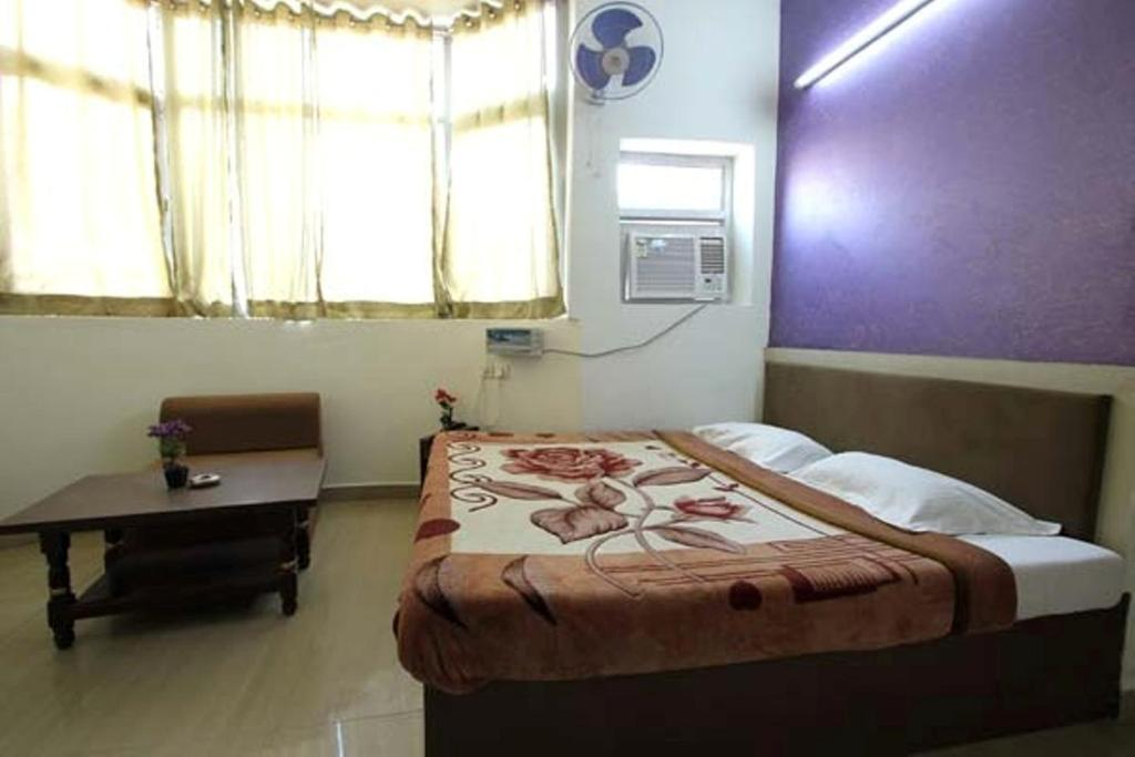 hotel viren pacific agra india booking com rh booking com