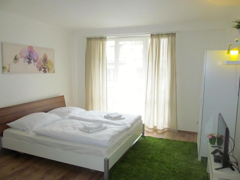 Dlouha Apartments City Center, Prague, Czech Republic - Booking.com