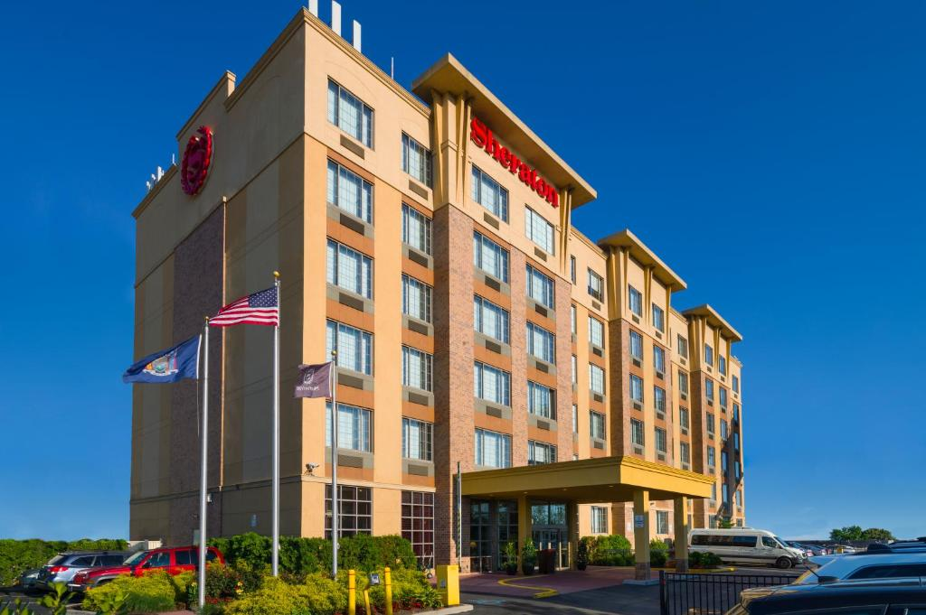 Sheraton jfk airport hotel queens ny for Hotels closest to jfk airport