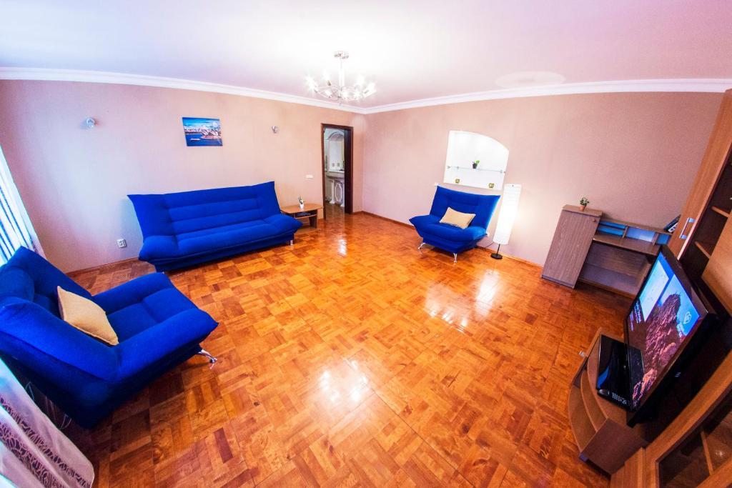 Лаундж или бар в Home Apartments on prospekte Octabrya